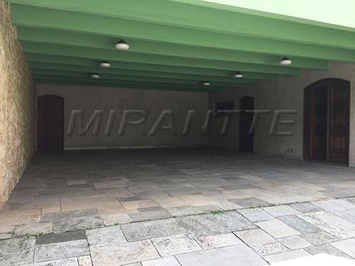 Sobrado à venda em Jardim França, São Paulo - SP